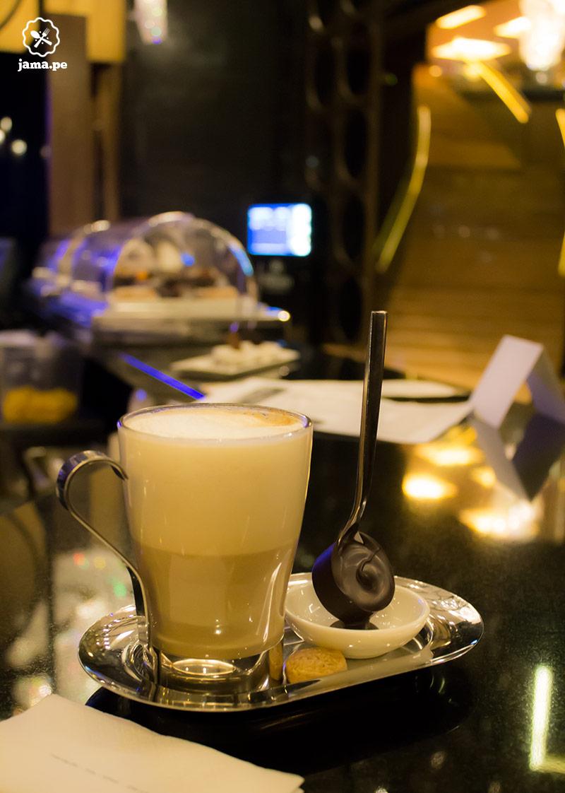 hilton-miraflores-jama-chococcino-chocolate-belga-capuccino