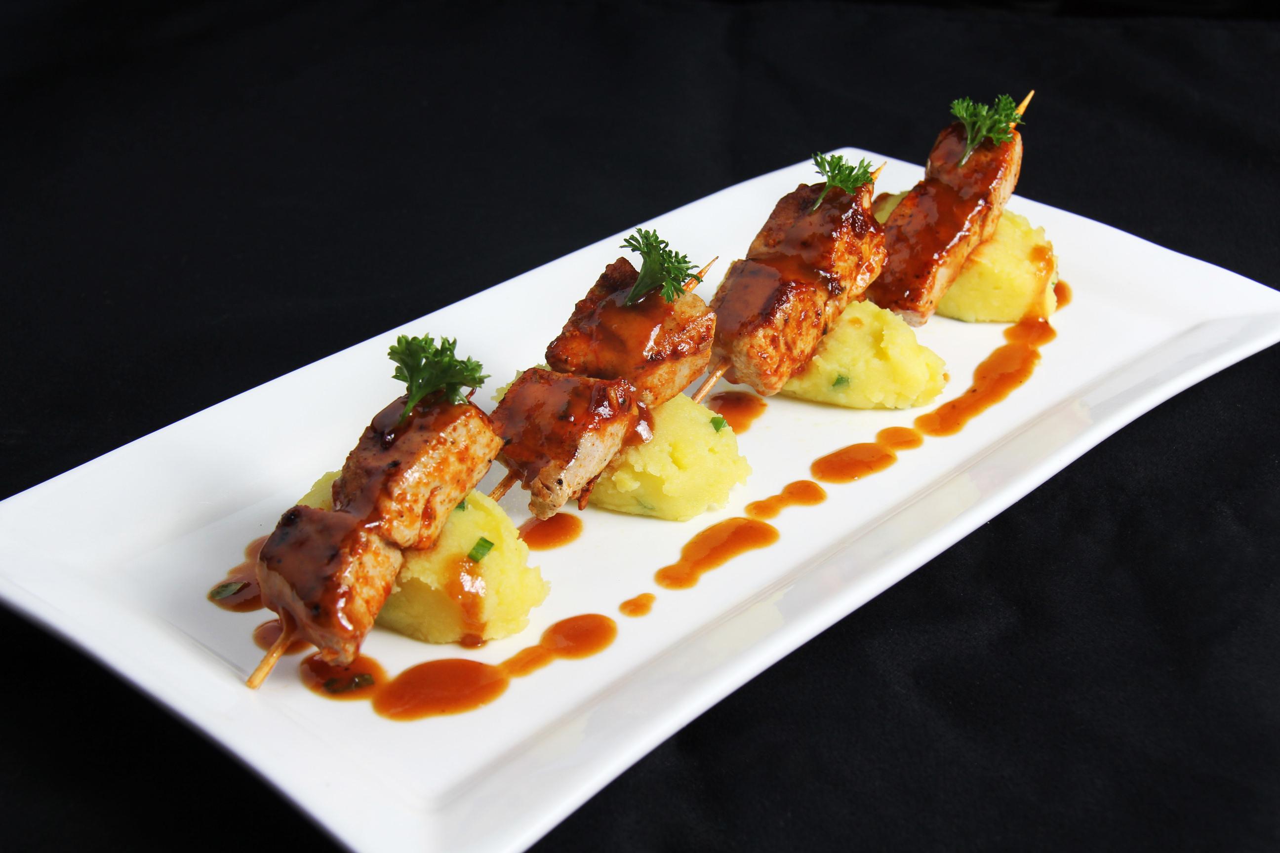 Nikko fusi n intercultural celebrando la cocina criolla for Platos de cocina