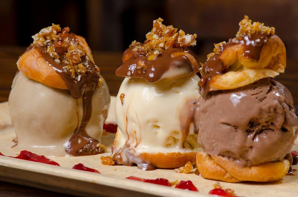 Morelia - Profiteroles con helado artesanal