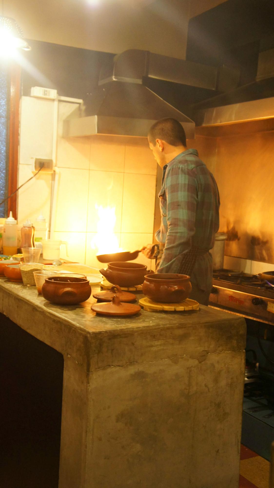 Diego Balarezo - Cocina en vivo en Mercado Gourmet