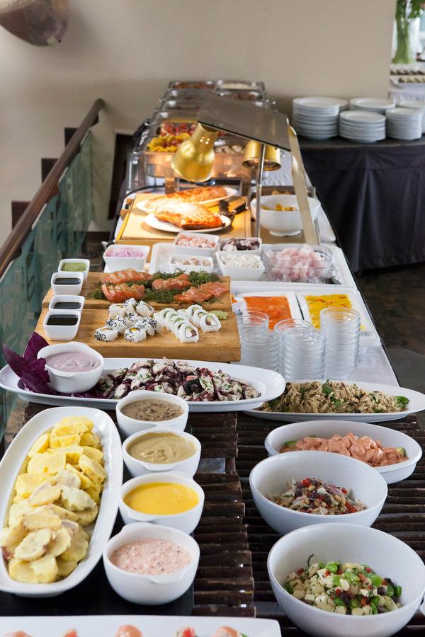 Buffet del restaurante Señorio de Sulco, Miraflores. Lima Mayo 2014