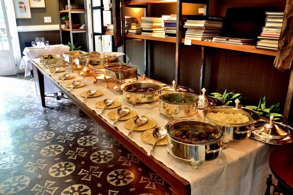 almuerzo hotel b