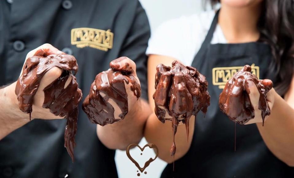 marana cacao manos choco
